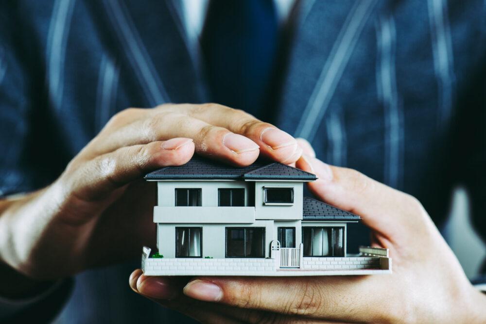 不動産売却するなら、専任媒介と一般媒介どちらがいい?